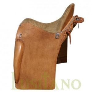 Portuguese equitation saddle