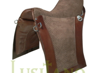 Relvas saddle